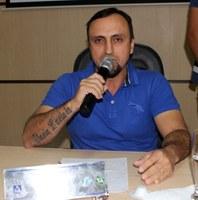 Elbio Balta solicita melhoria na quadra de vôlei de areia da orla do Rio Paraguai